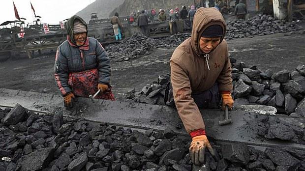 china-coal-conveyor-belt-nov20-2015.jpg