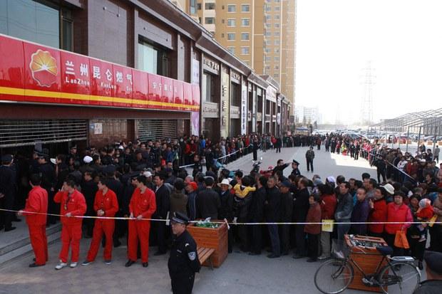 china-gas-02292016.jpg