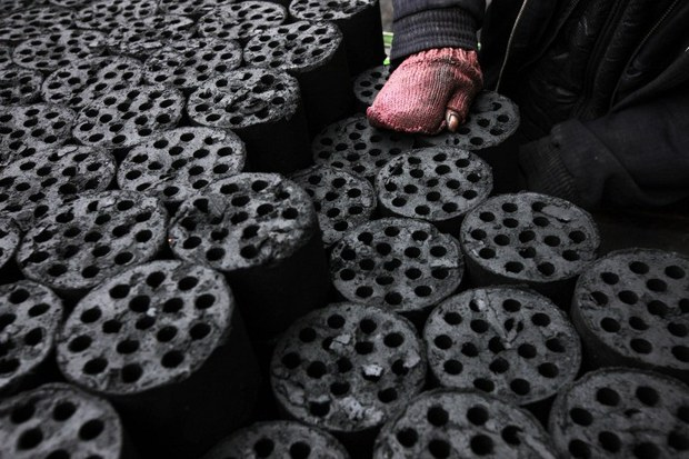 china-coal-briquettes-jan2013.jpg