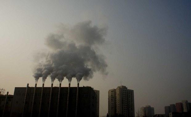 china-bj-factory-smoke-jan-2013.jpg