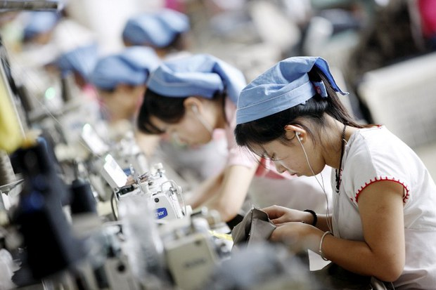 china-textile-workers-sept-2014.jpg