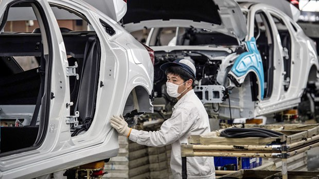china-auto-plant-wuhan-mar23-2020.jpg