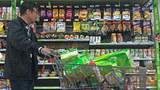 china-shopper-supermarket-beijing-apr2-2018.jpg