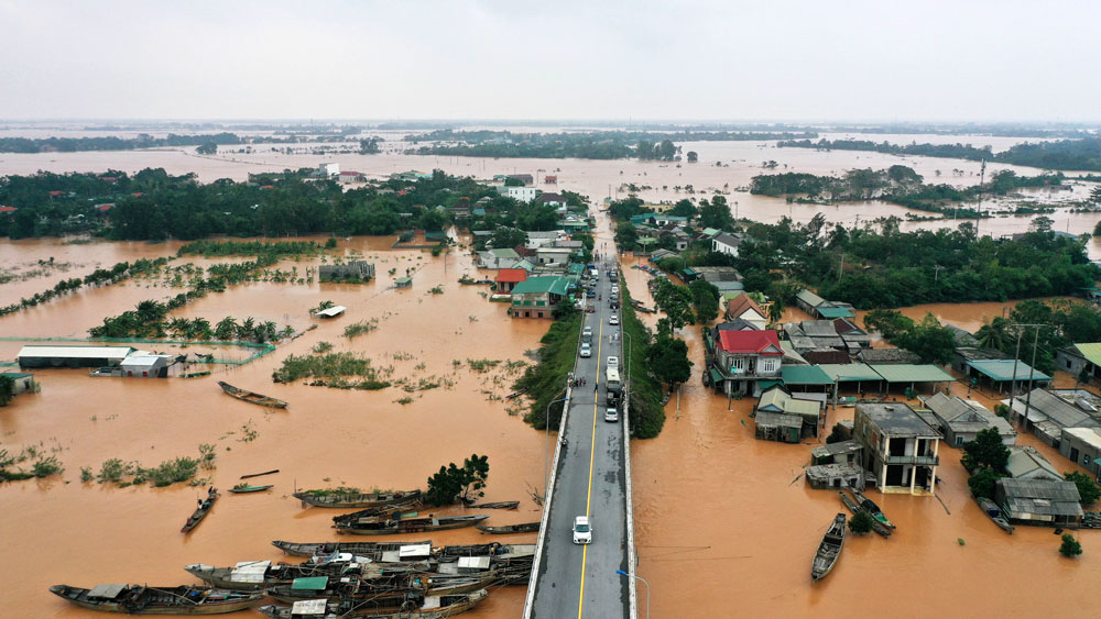 vietnam-flood2.jpg