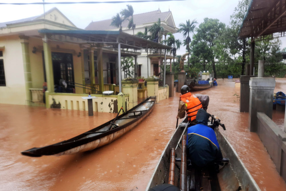 vietnam-flood5.jpg