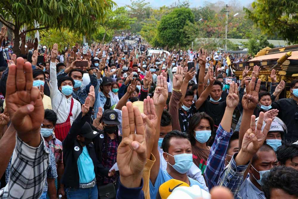 https://www.rfa.org/english/multimedia/myanmar-death-protest-gallery-02222021182753.html/myanmar_funeral022121_022.jpg