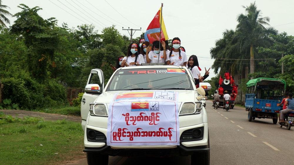 myanmar-election-campaign4.jpg