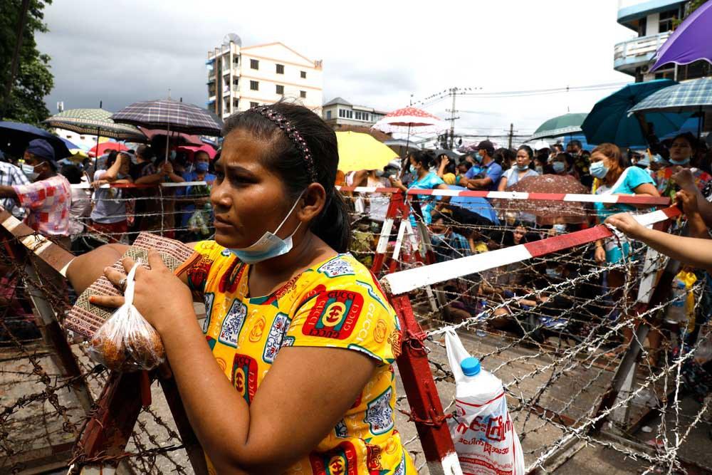 A woman waits for news. (Citizen journalist)