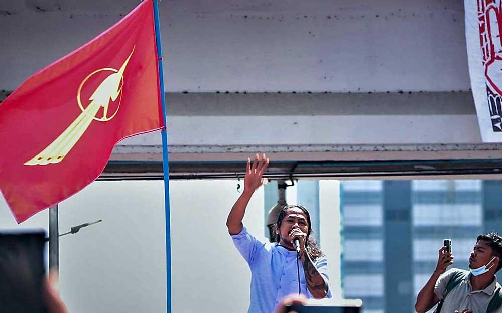 https://www.rfa.org/english/multimedia/myanmar-protest-slideshow-02172021160519.html/myanmar_protest021721_006_e.jpg