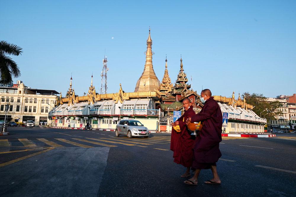 Myanmar_coup002-3.jpg