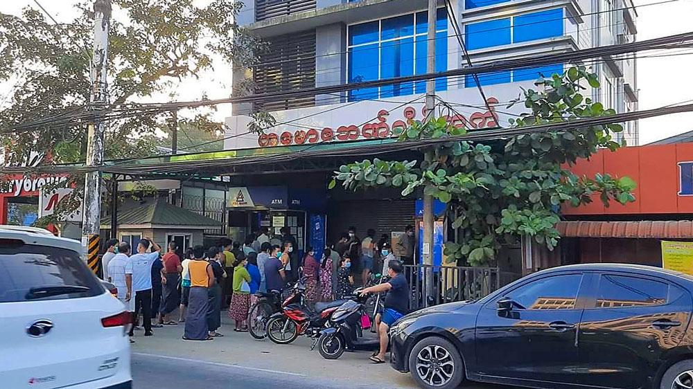 myanmar_coup002b.jpg