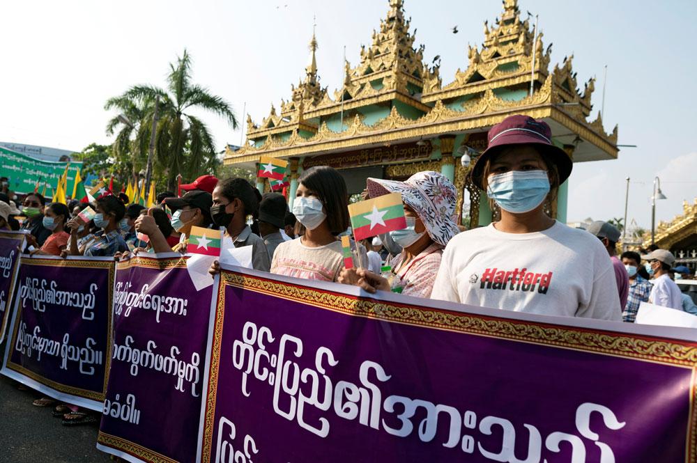 myanmar_coup011.jpg