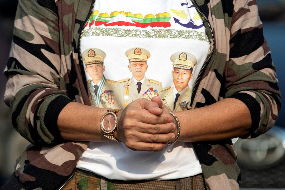 myanmar_coup012.jpg