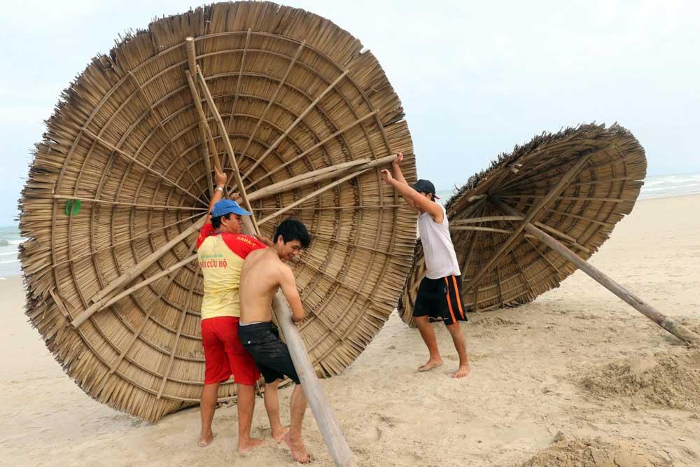 Vietnam_Typhoon_002.jpg