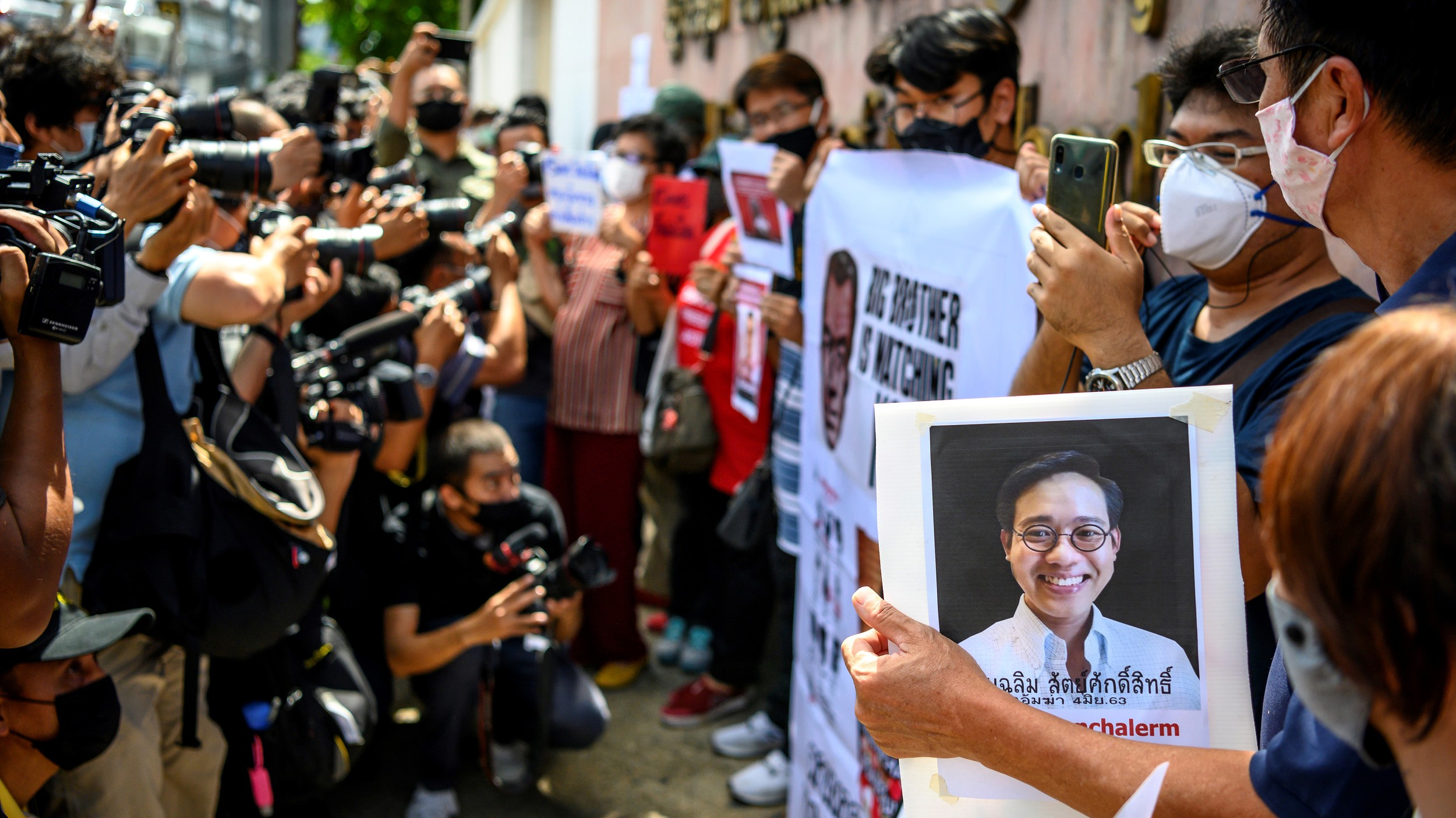 Supporters of Missing Thai Activist Demand Cambodia Probe His Alleged Kidnapping in Phnom Penh