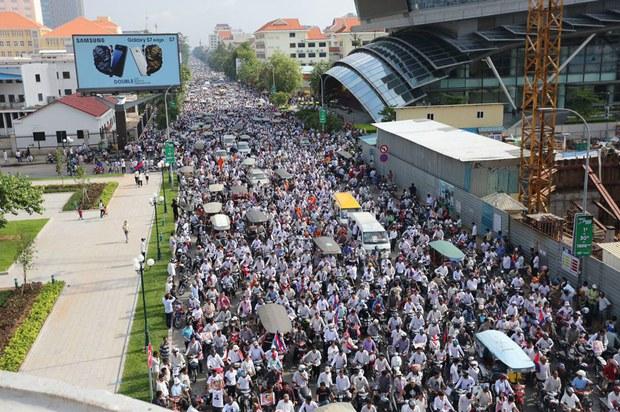 cambodia-funeral-07242016.jpg