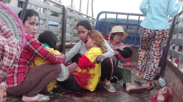 cambodia-garment-worker-truck-accident