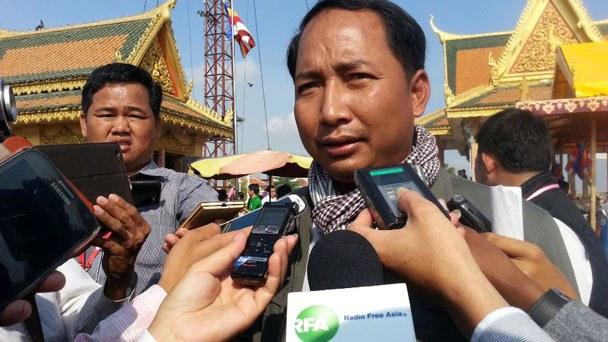 cambodia-former-union-leader-chea-mony-jan22-2016.jpg