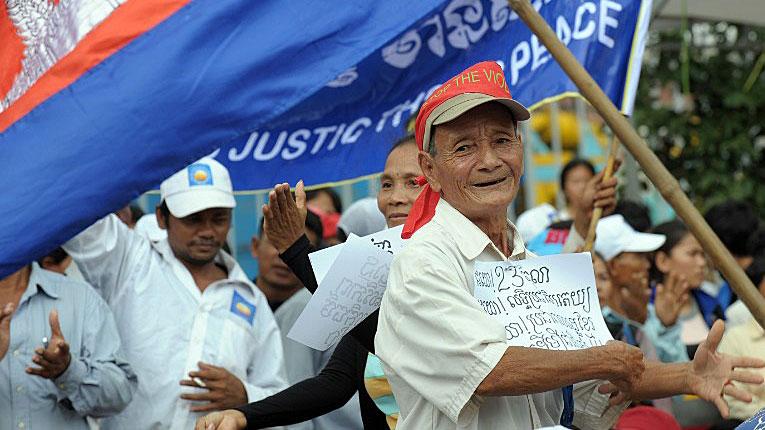 cambodia society Cambodia analysis,cambodia political,cambodia economy, cambodia society,cambodia law,cambodia history, khmer news,khmer hot.