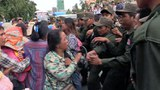 cambodia-koh-kong-villagers-clash-with-security-forces-phnom-penh-aug22-2017.jpg