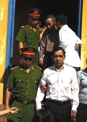 vietnam-corruption-305.jpg