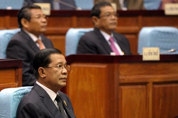 cambodia-hun-sen-parliament-sept-2013.jpg