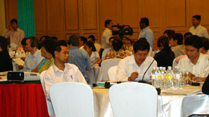 Cambodia's NGO community meets in Phnom Penh to discuss recommendations to the country's aid donors, Sept. 25, 2012.