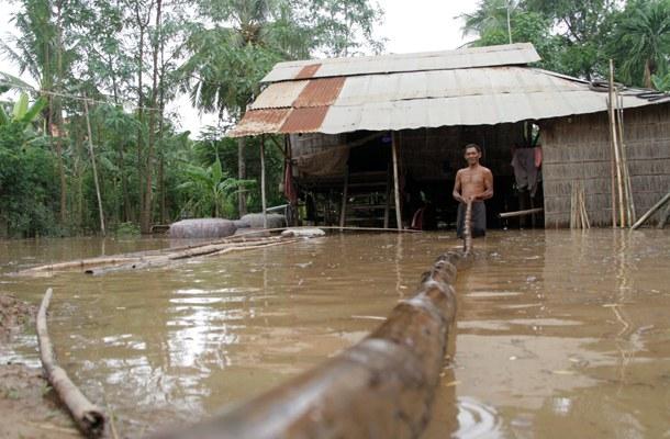 cambodia-kandal-bridge-aug-2014.jpg