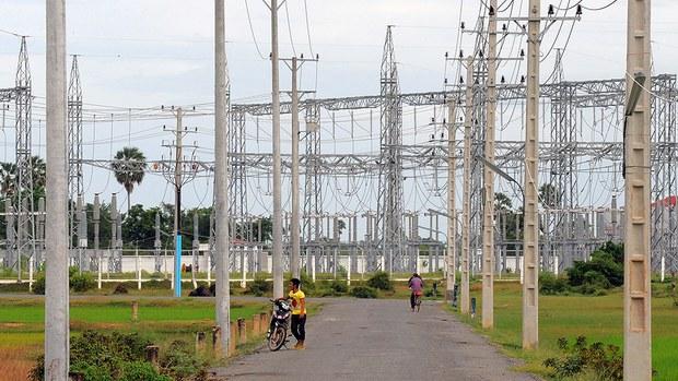 cambodia-electricity-sept-2010.jpg