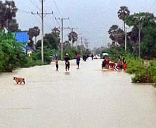 cambodia-kamchay-dam-flooding-kampot-province-sept15-2015-305.jpg