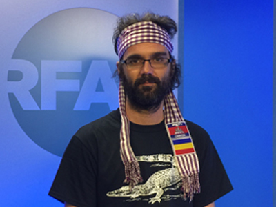 Alejandro Gonzalez-Davidson visits RFA's studio in Washington, D.C., April 21, 2015. Credit: RFA