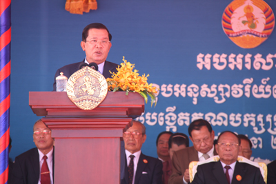 Prime Minister Hun Sen addresses members of the Cambodian People's Party in Phnom Penh, June 28, 2015. Credit: RFA
