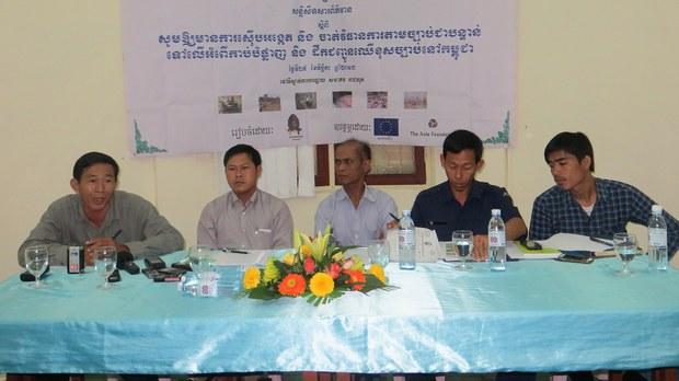 cambodia-ngos-logging-nov-2013.jpg