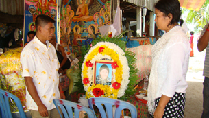 Kuy Lyda's relatives attend her funeral in Phnom Penh, June 25, 2012.