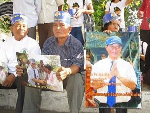 cambodia-mam-sonando-bail-305.jpg
