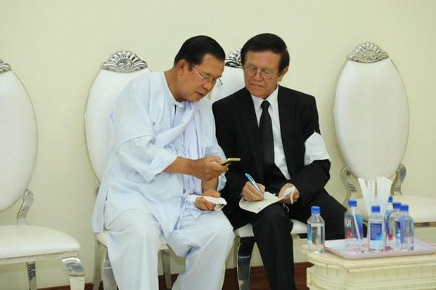 khmer-meeting2-050520.jpg