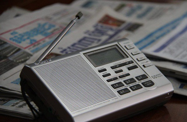 cambodia-radio-600.jpg