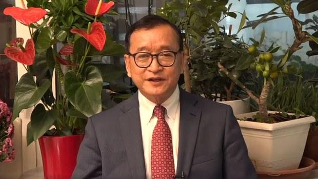 Sam Rainsy Slams Cambodia for Travel Bans Against Exiled Opposition Leaders
