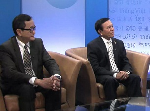 Sam Rainsy (l) and Kem Sokha (r) in an interview with RFA, Aug. 8, 2012.