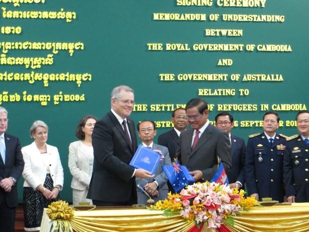 cambodia-australia-refugee-agreement-sept-2014.jpg