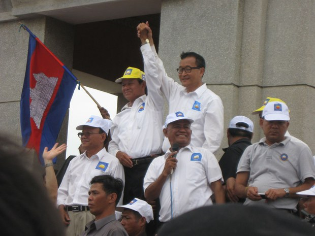 khmer-sam-rainsy-campaign-july-2013-1000.jpg