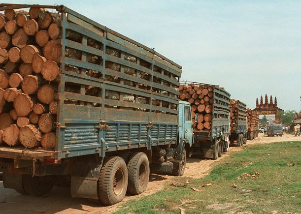 cambodia-bavet-logging-trucks-dec-1997.jpg