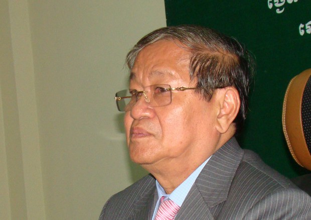 cambodia-khieu-kanharith-media-feb-2013-crop.jpg