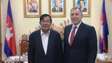 cambodia-hun-sen-and-william-heidt-june-2017-1000.jpg