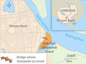CambodiaBridgeCollapse305.jpg