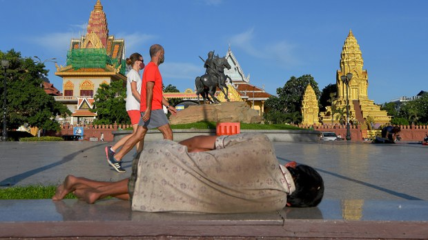 cambodia-homeless-phnom-penh-covid-19-june-2020-crop.jpg