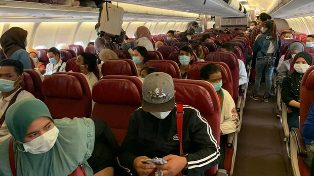 cambodia-stranded-board-plane-from-malaysia-june-2020-crop.jpg