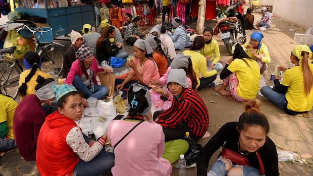 cambodia-workers-lunch-break-feb-2019.jpg