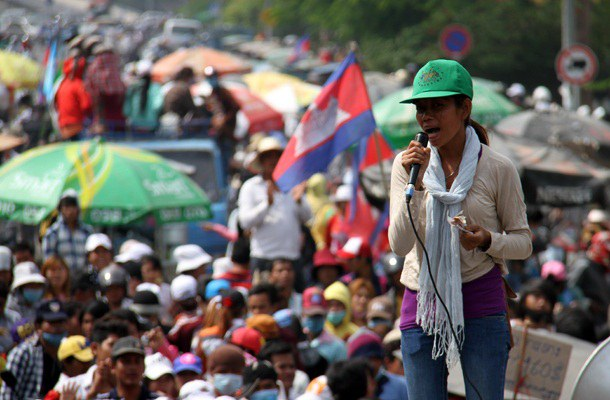 cambodia-strike-dec-2013.jpg