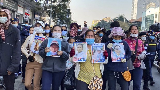 Cambodian Court Launches Trial of Prominent Union Leader Rong Chhun